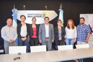 Autoridades de la Fiesta Nacional del Chivo junto al intendente de Malargüe